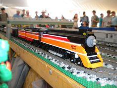 Awesome LEGO train MOC