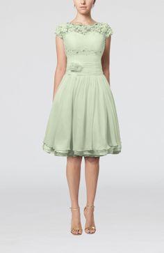 Pale Green Cinderella Scalloped Edge Short Sleeve Chiffon Knee Length Lace Bridesmaid Dresses - iFitDress.com