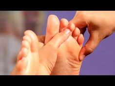 Learn how to relieve shoulder pain using foot reflexology techniques from certified reflexologist Chantel C. Lucier in this Howcast video. Massage Tips, Massage Techniques, Foot Massage, Acupressure Massage, Foot Reflexology, Acupressure Points, How To Relieve Sciatica, How To Relieve Stress, Cupping Therapy