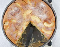 רכה ומבושמת בווניל. עוגת תפוחים צרפתית ( צילום: Jamie Schler )