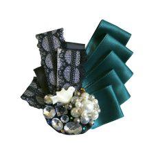 Näyttävä linturintarossi Napkin Rings, Ale, Napkins, Store, Home Decor, Homemade Home Decor, Tent, Towels, Dinner Napkins