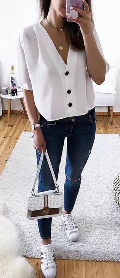 c2a93707782 25+ Catchy Spring Outfits To Copy ASAP
