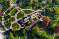 Balade au parc de l'Orangerie de Strasbourg avec Virginie  Walking tour of Strasbourg and the Orangerie Park http://www.good-spot.com/fr/pages/balade-au-parc-de-l-orangerie-spot-627.php