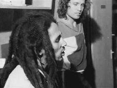 **Bob Marley** & Alex Sadkin ~1979/1980. ►►More fantastic pictures, music and videos of *Robert Nesta Marley* on: https://de.pinterest.com/ReggaeHeart/