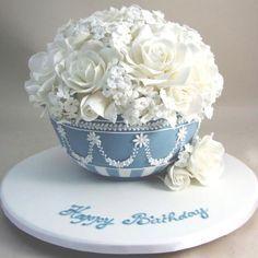wedgwood vase cake - Google Search