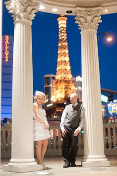 Paris or Vegas for an elopement? VEGAS, BABY! photo: The Emerics
