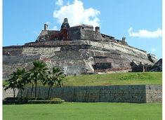 Colombia - Fort of San Felipe, Cartagena Central America, South America, Spanish Fort, Caribbean Beach Resort, Travel Sights, Colombia Travel, Naval History, Princess Cruises, Beautiful Places To Visit