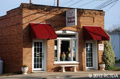 Co-Op of Seagrove Potters -  10 local potteries are included in this downtown gallery in Seagrove, NC. Open 7 days a week. Photo Credit - Heart of North Carolina, Randolph County TDA