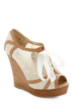 Damn, I love wedges! This looks like the perfect one for summer.  Harmony Wedge