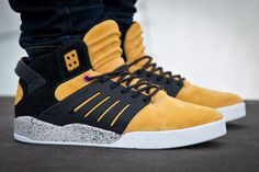 SneakerFreaker x SUPRA