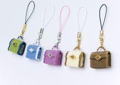 mini bead bags Más