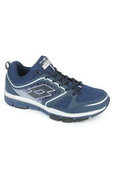 This Andromeda III pair of shoes are designed to add more comfort and enhance your performance while running. A lightweight shoe with an open air mesh for good breathability. Designed for training & multisport use but the striking looks also make it a good choice for casual wear.