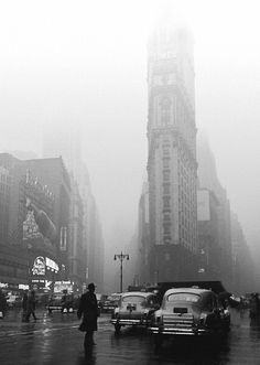 U.S. Street-level view of Times Square in the rain. New York, 1949 // Fred Stein
