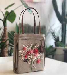 # Embroidered Pili Bag To submit an order please send a message to the directory Friends of this fashion . Embroidery Purse, Hand Embroidery Flowers, Shoping Bag, Japanese Bag, Diy Tote Bag, Diy Handbag, Jute Bags, Craft Bags, Denim Bag