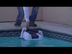 """Le llaman el """"Tiburón de la limpieza"""". Aunque parezca ciencia ficción, este pequeño #robot dejará tu #piscina impecable y libre de suciedades."""