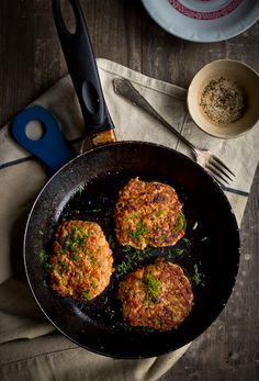 So easy, so simple... too good! Carrot-cutlets with only 2 ingredients. New blogpost in kokkama.ee