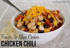 I am so excited to share one of the recipes from my 15-Minute Freezer Recipes eCookbook with you! This is my freezer-to-slow cooker chicken chili, and it is so easy and delicious.