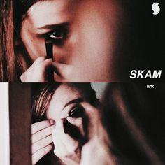 SKAM vs. SKAM France.  Eva vs. Emma.   SKAM season 1 episode 1. SKAM France season 1 episode 1.