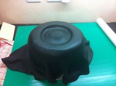 Tyre cake - cover in icing