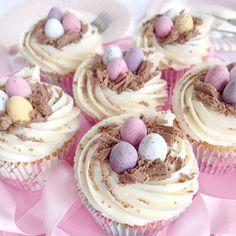 ♡ Chin Up, Princess♡ Pinterest : ღ Kayla ღ Easter Cupcakes, Baking Cupcakes, Cupcake Recipes, Baking Recipes, Cupcake Cakes, Bunny Cupcakes, Mini Eggs Cake, Ideas Decoracion Cumpleaños, Cupcakes Amor