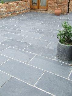 Black/Grey Slate Paving Patio Garden Slabs Slab Tile - Images hosted at BiggerBids.com