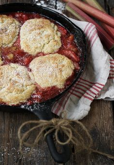 Skillet Strawberry Rhubarb Cobbler via @SeasonsSuppers