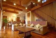 建設地 千葉県流山市用 途 専用住宅構 造 木造2階建床面積 163㎡(49.3坪)設 計 THINK/シンク設計事務所