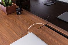 Uhuru-Contract-7a-F1-Desk_128