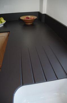Wählen Sie für ein zeitgemäßes Design den erstklassigen Damoos von Dekton und gestalten Sie Ihre Küche schlicht und dezent.   http://www.granit-deutschland.net/Damoos-dekton-Damoos