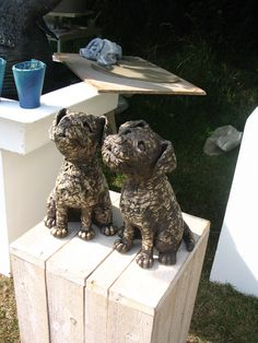 small dogs - how cute are these. Love this artist!!
