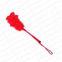 Chibata com Pena Vermelha http://evidencesexshop.com.br/d/330/Sado+e+Fetiches