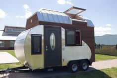 TinyDrop-camper | The Tiny Drop sports a combination teardrop trailer and tiny house