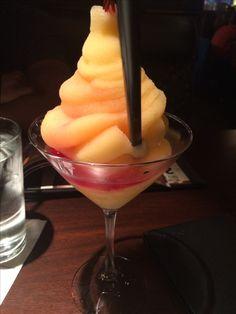 Peach Bellini from Milestones Food Pics, Food Pictures, Peach Bellini, Tasty Dishes, I Love Food, I Foods, Ice Cream, Desserts, No Churn Ice Cream
