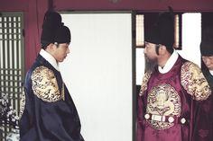The Throne (2015) Subtitle Indonesia | Dramaku.Net