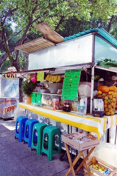 Many different fruit juices are available at roadside stall. Image by Katja Gaskell / Lonely Planet Mexico's street food is some of the best in the world.  www.lonelyplanet.com/mexico/mexico-city/travel-tips-and-articles/mexico-citys-best-street-food#ixzz39d3KlxTP