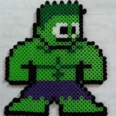Hulk perler sprite by stizz1e