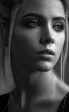 Black and White Portrait Photography: Expert Advice That Helps You Succeed – Black and White Photography Foto Portrait, Portrait Poses, Studio Portraits, Female Portrait, Black And White Portraits, Black And White Pictures, Black And White Photography, Face Photography, People Photography