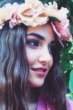Hande ercel Beautiful Girl Image, Beautiful Lips, Beautiful Celebrities, Beautiful Actresses, Hande Ercel, Turkish Beauty, Turkish Actors, Turkish Men, Girl Face