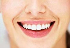 Teeth Whitening - Bring Out the Beautiful Smile in You Today! Remedies For Tooth Ache, Natural Teeth Whitening, Body Hacks, Alternative Health, Health Advice, Beautiful Smile, Anti Aging Skin Care, Dentistry, Health And Beauty