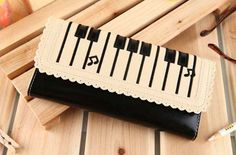 Piano key clutch