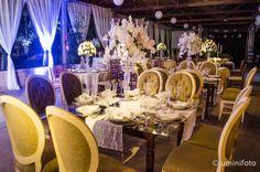 Decoração clássica! www.guianoivaonline.com.br #guianoiva #noiva #casamento #decoracao Fotografia: Lumini Foto | Decoração: Arts Decor