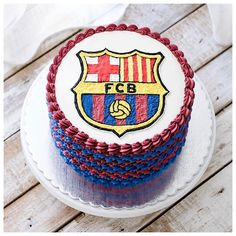 Preparing our next trip for the class at barcelona with @elmondolcdeclaudia  Oh i wish i could watch the soccer game.  Can't wait to see you all there, sharing and laughing together with fellow home baker. Visit claudia's website for more info.