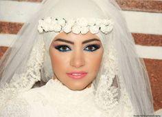 #Muslim bride #makeup #bride  w/flower crown