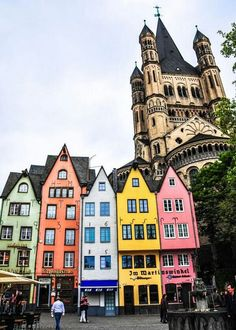 Cologne, Germany http://666travel.com/top-10-tourist-attractions-in-cologne-germany/