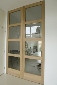 Internal French Doors, Wood And Metal, Decoration, Glass Door, China Cabinet, Ramen, New Homes, Living Room, Storage