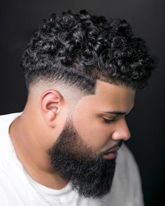 Short sides medium curly hair on top: Got curly hair? Check out these awesome haircuts for men with naturally curly hair. hair guys Best Curly Hair Haircut + Hairstyle Ideas For Men (Ultimate Guide) Blow Dry Curly Hair, Curly Hair Cuts, Long Curly Hair, Curly Hair Styles, Fade Haircut Curly Hair, Male Haircuts Curly, Black Men Haircuts, Mens Braids Hairstyles, Hairstyles Haircuts