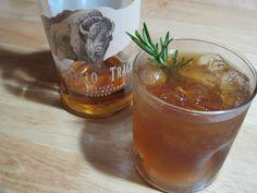Summertime Cocktails: Bourbon Brown Sugar Lemonade - Whisked Foodie