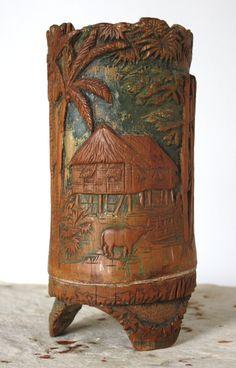 Asian Scholar's Brush Pot carved from Bamboo Chinese Brush, Chinese Art, Asian Interior, Bamboo Art, Asian Style, Art Studios, Asian Art, Glass Art, Rest
