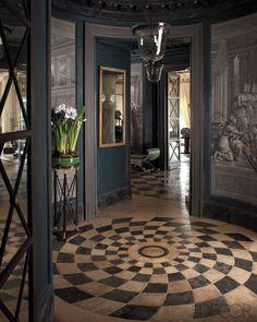 /\§/\ : Frédéric Méchiche : A rotunda with 18th-century trompe l'oeil wallpaper panels. : Article http://www.elledecor.com/decorating/articles/frederic-mechiche-paris-home