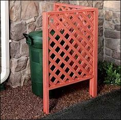 vinyl lattice trash can screen